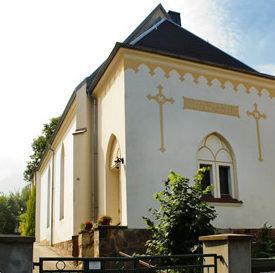 Gemeinde Zum Heiligen Kreuz Crimmitschau, Kirche von außen
